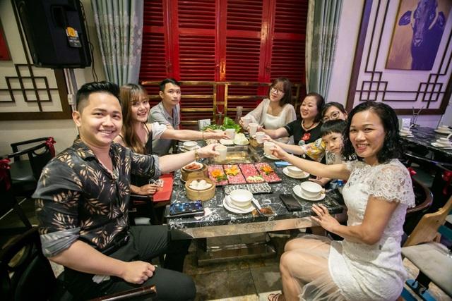 Tưng bừng sinh nhật Lẩu Bò Trung Hoa 2 tuổi: Rộn rã niềm vui, ngập tràn hạnh phúc - 4