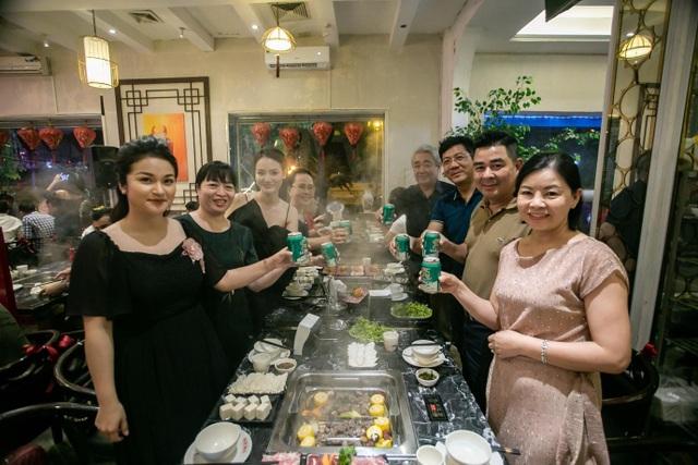 Tưng bừng sinh nhật Lẩu Bò Trung Hoa 2 tuổi: Rộn rã niềm vui, ngập tràn hạnh phúc - 5
