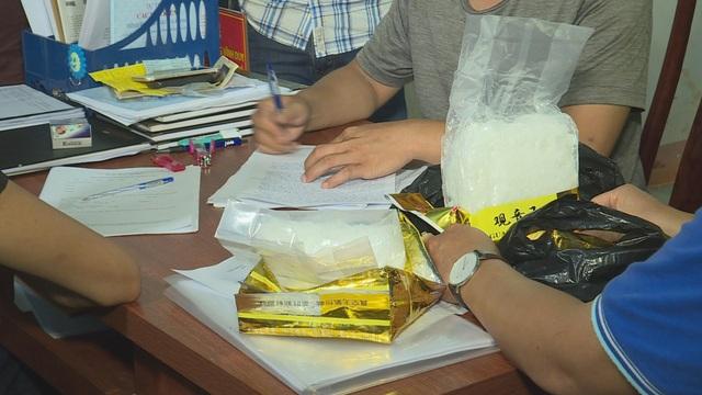 Nhận chở thuê 1,8kg ma túy từ biên giới đem về Đắk Lắk tiêu thụ - 2