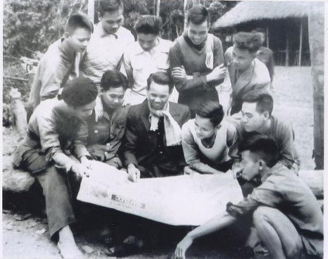 Xuân Thủy: Chủ tịch đầu tiên của Hội Nhà báo Việt Nam - 2