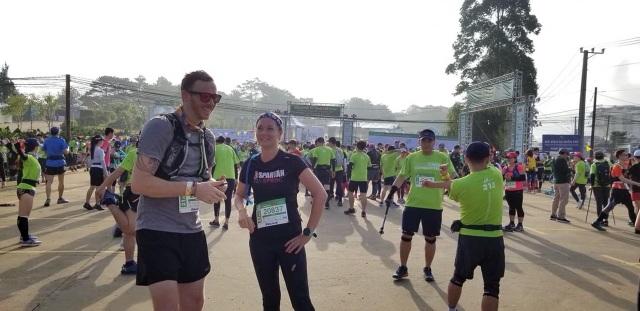 Tham gia giải chạy Marathon, một VĐV bị nước lũ cuốn trôi - 1