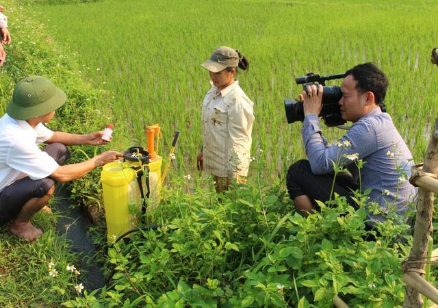 """Phóng viên """"hóa trang"""" tiếp cận hiện trường vụ thảm án ám ảnh nhất Nghệ An - 3"""