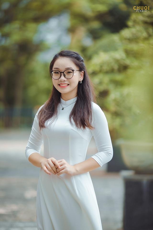 Đại sứ THPT Chuyên Hà Nội - Amsterdam rạng rỡ trong tà áo dài - 5
