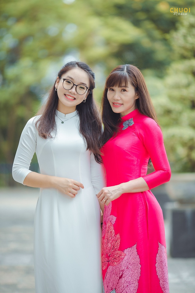 Đại sứ THPT Chuyên Hà Nội - Amsterdam rạng rỡ trong tà áo dài - 9