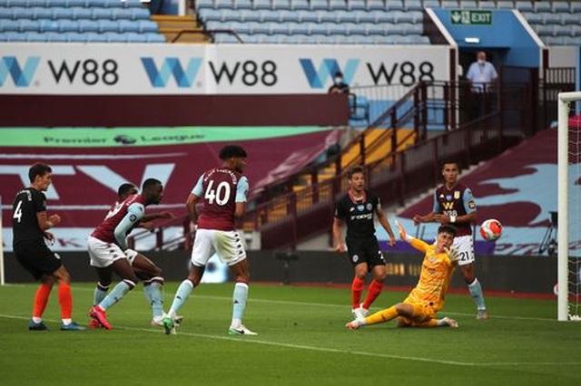Aston Villa 1-2 Chelsea: Cú lội ngược dòng trong hai phút - 6