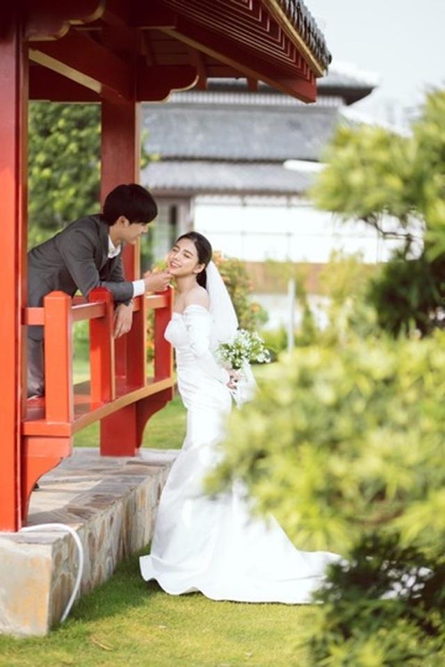 Ngất ngây bộ ảnh cưới đẹp như mơ tại vườn Nhật Bản Vinhomes Smart City - 10
