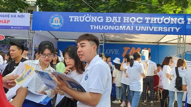Bộ Giáo dục: Thí sinh phải đọc kỹ đề án tuyển sinh của các trường đại học - 1