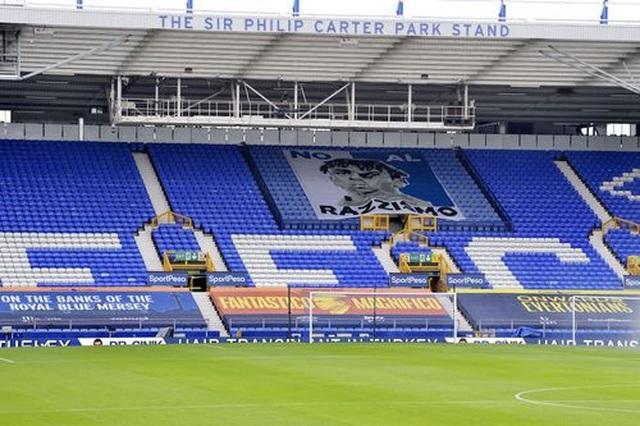 Everton 0-0 Liverpool: Một điểm may mắn của The Kop - 13