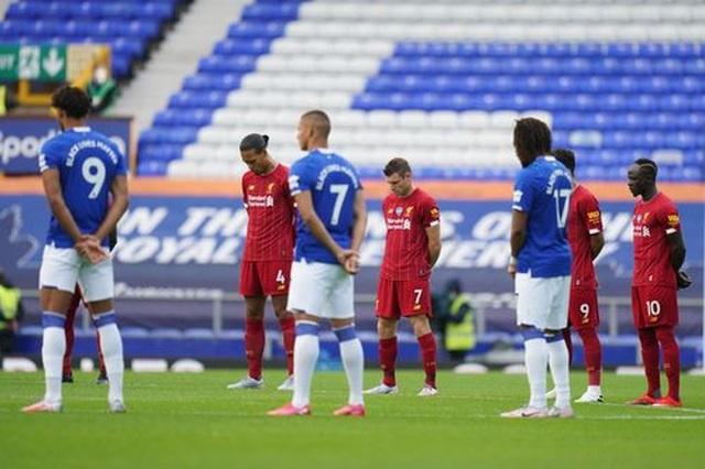 Everton 0-0 Liverpool: Một điểm may mắn của The Kop - 9