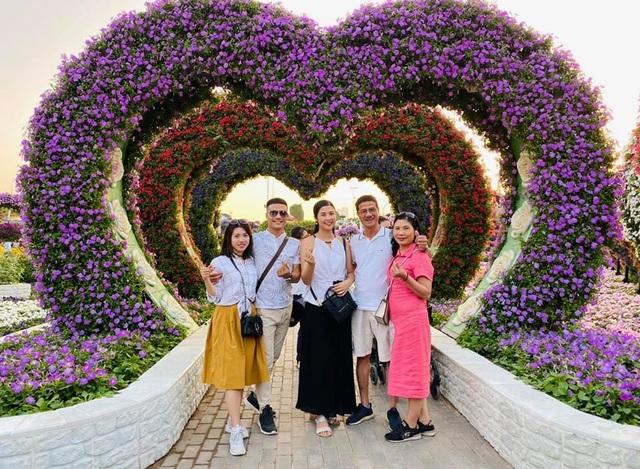 Hoa hậu Ngọc Hân tiết lộ bố từng đi thi Toán quốc tế, là Thủ khoa đại học - 5