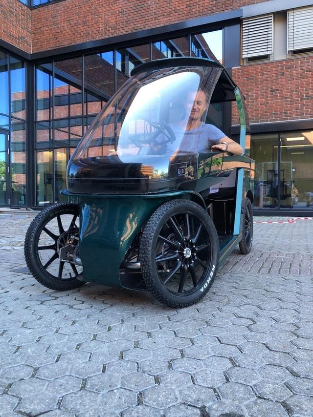 CityQ - Độc đáo xe đạp điện 4 bánh, chở được 3 người - 3