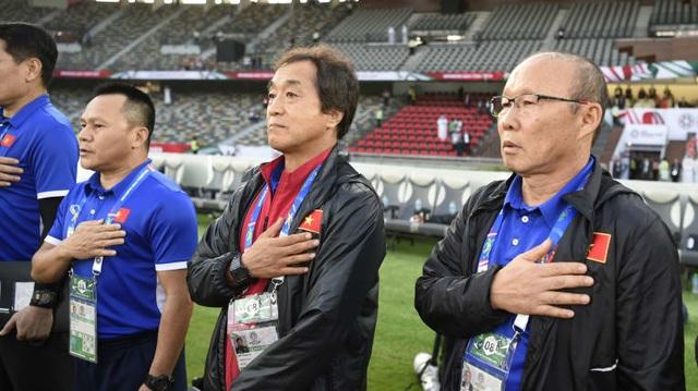 """HLV Park Hang Seo: """"Kinh nghiệm từ Hiddink giúp tôi thành công ở Việt Nam"""" - 3"""