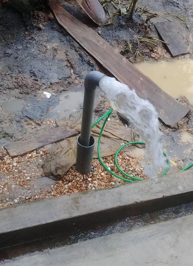 Hà Tĩnh: Nhọc nhằn nghề khoan giếng mùa nắng hạn - 2