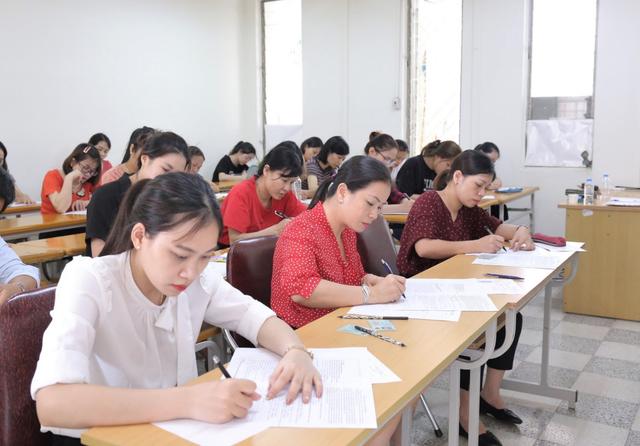 ĐH Quốc gia Hà Nội: Thí sinh đăng ký dự tuyển bậc thạc sĩ tăng mạnh - 1