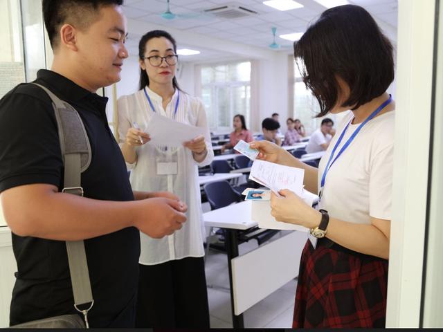 ĐH Quốc gia Hà Nội: Thí sinh đăng ký dự tuyển bậc thạc sĩ tăng mạnh - 2
