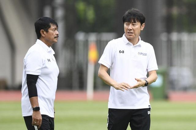 Sợ bị sa thải, HLV Hàn Quốc bất ngờ xuống nước với Indonesia - 2