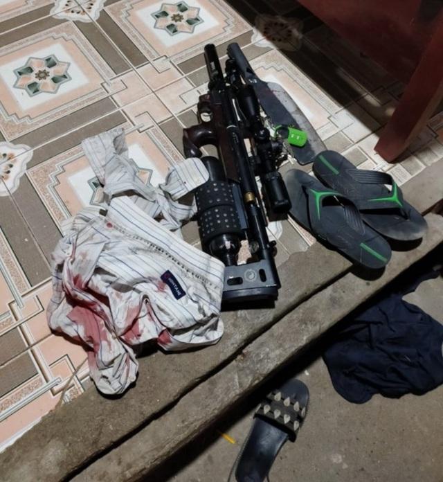 Hà Nội: Dùng súng và dao tấn công người đàn ông 61 tuổi để đòi nợ - 1