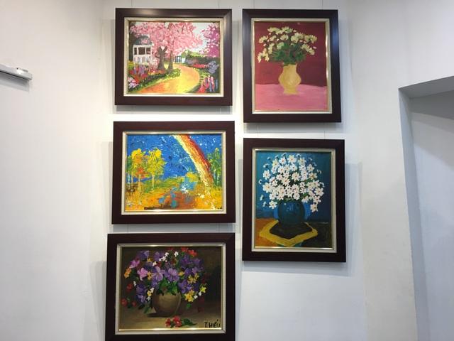 Bức tranh sặc sỡ sắc màu của những họa sĩ nhí tự kỷ - 2