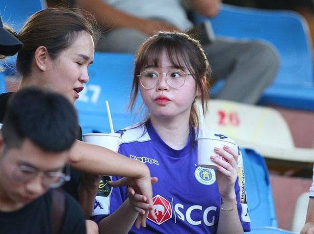 Nc247info tổng hợp: Bạn gái của Quang Hải hủy trạng thái hẹn hò
