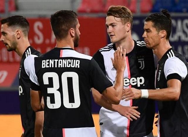 """C.Ronaldo """"nổ súng"""", Juventus xây chắc ngôi đầu bảng ở Serie A - 2"""