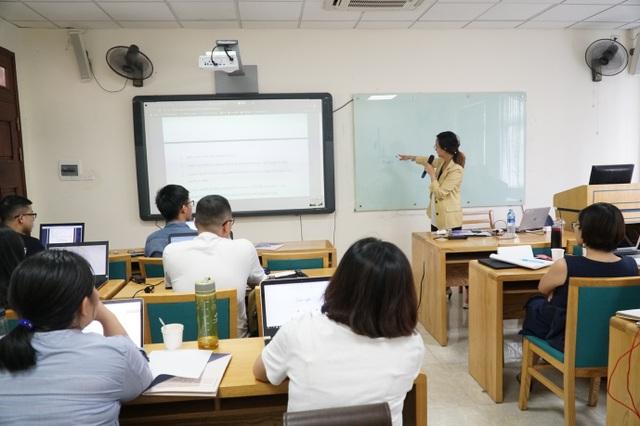 """Học giả Việt tại Mỹ giải đáp: """"Ai sẽ phù hợp với nghề nghiên cứu?"""" - 3"""