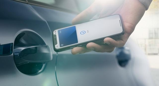 Có thể mở xe BMW bằng iPhone - 2