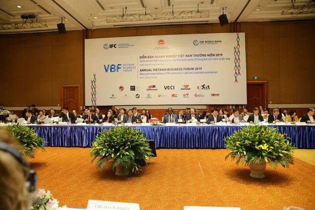 Việt Nam nỗ lực thu hút FDI: vẫn cần rà soát lại các chính sách đầu tư - 1