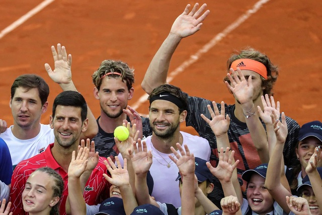 Tổ chức giải đấu để tay vợt nhiễm Covid-19, Djokovic bị chỉ trích thậm tệ - 3