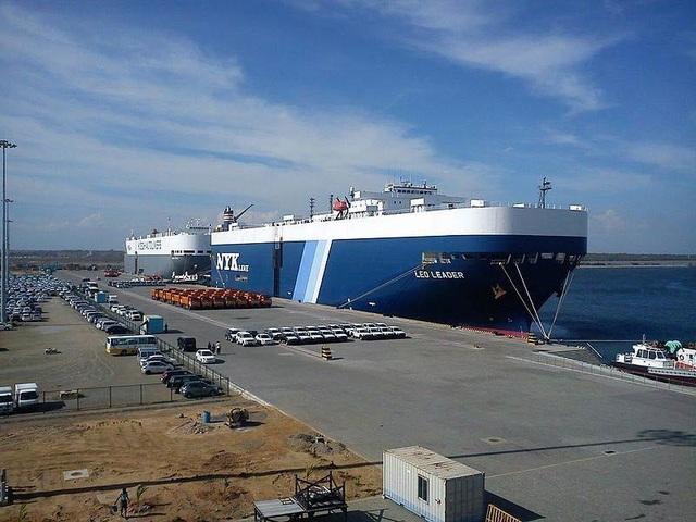 Hé lộ cách Trung Quốc thâu tóm cảng biển chiến lược của Sri Lanka - 1