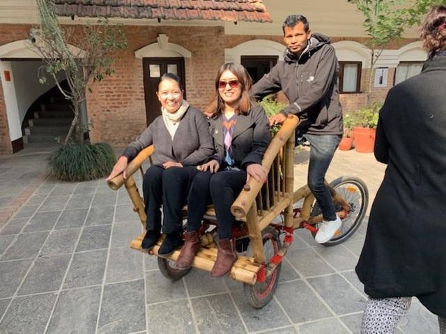 Độc đáo mẫu xe đạp điện đa năng bằng tre ở Nepal - 6