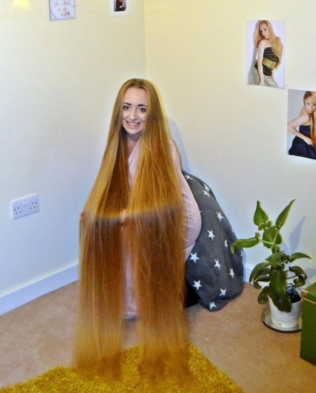 """Nuôi tóc dài như """"công chúa tóc mây"""" để quyến rũ người khác phái - 1"""