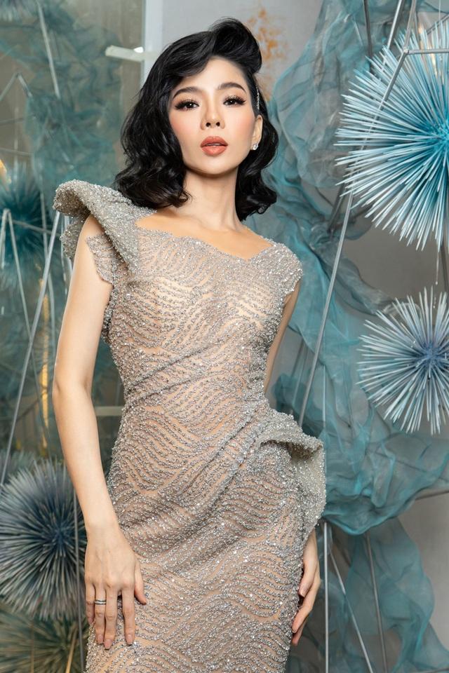 """Hoa hậu Hà Kiều Anh """"đọ sắc"""" cùng Trần Tiểu Vy và Mỹ Linh - 8"""