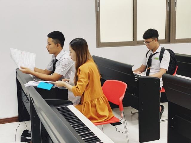 Trường THPT FPT Đà Nẵng tuyển sinh 600 chỉ tiêu năm học 2020-2021 - 2
