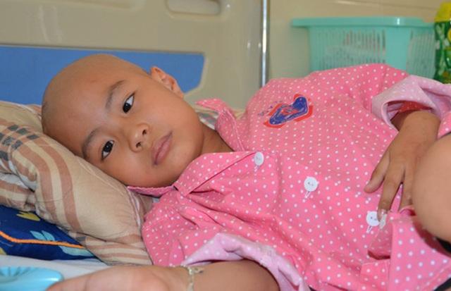 Thầm ước điều kì diệu đến với cậu bé ung thư có đôi mắt khát thèm sự sống - 1