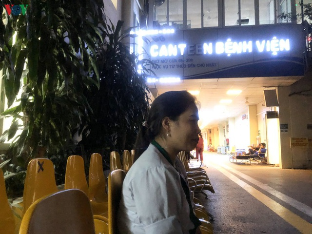 Nhọc nhằn nghề lao công bệnh viện - 3