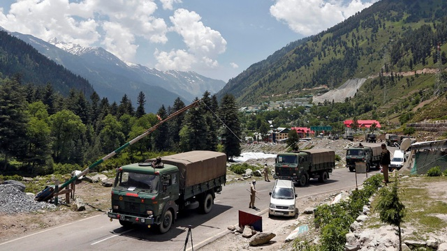 """Trung Quốc nói xung đột biên giới do Ấn Độ """"đơn phương khiêu khích"""" - 1"""