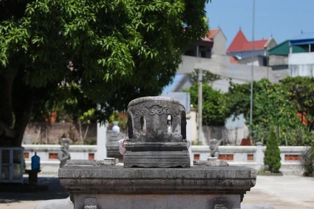 Hà Nội: Bí ẩn về khu lăng mộ đá tưởng chừng biến mất sau trận lũ lịch sử - 15