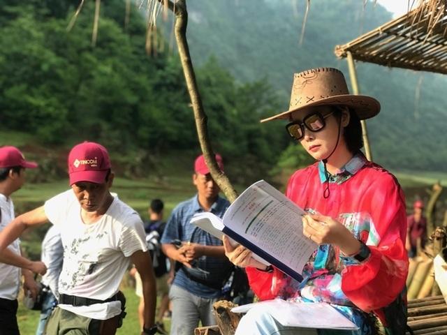 """Lên Cao Bằng quay """"Kiều"""", đoàn phim của Mai Thu Huyền gặp mưa to gió lớn - 4"""