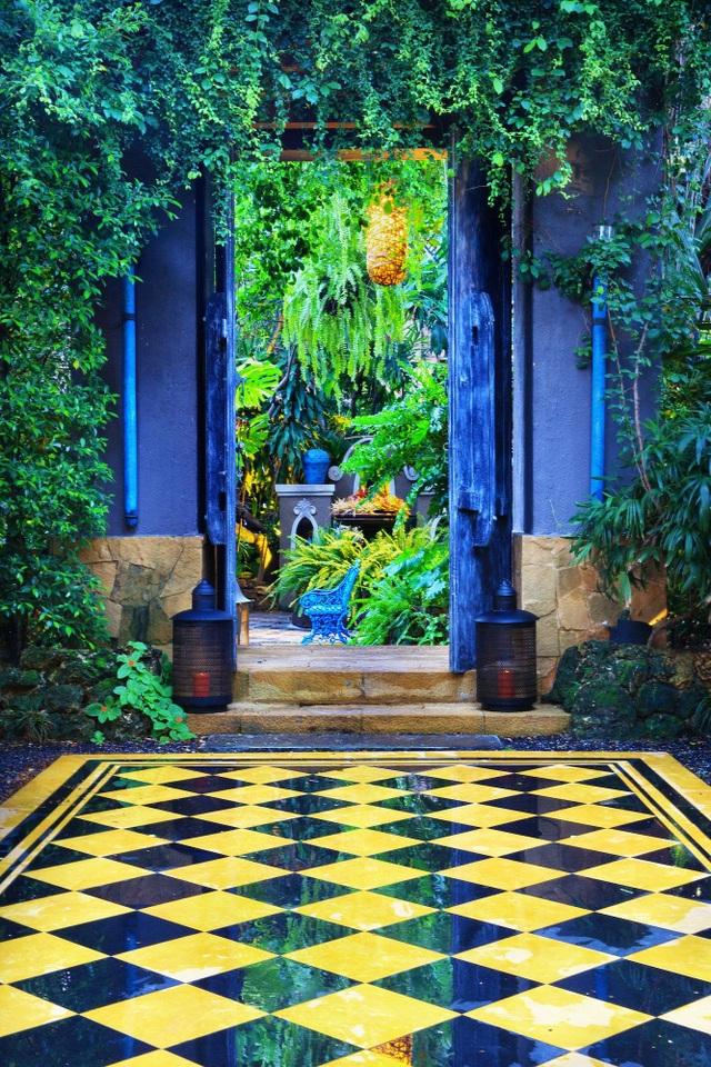 """Ngôi nhà kỳ quái vào bên trong như """"vườn địa đàng"""" ở Thái Lan - 4"""
