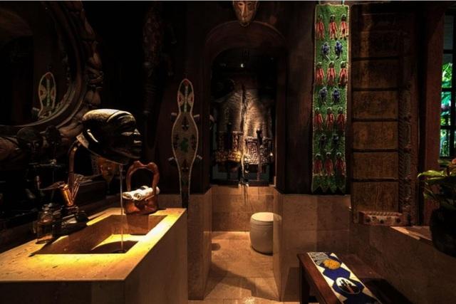 """Ngôi nhà kỳ quái vào bên trong như """"vườn địa đàng"""" ở Thái Lan - 7"""