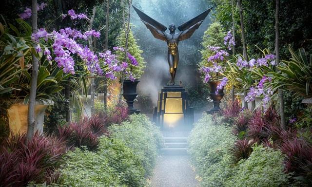 """Ngôi nhà kỳ quái vào bên trong như """"vườn địa đàng"""" ở Thái Lan - 9"""