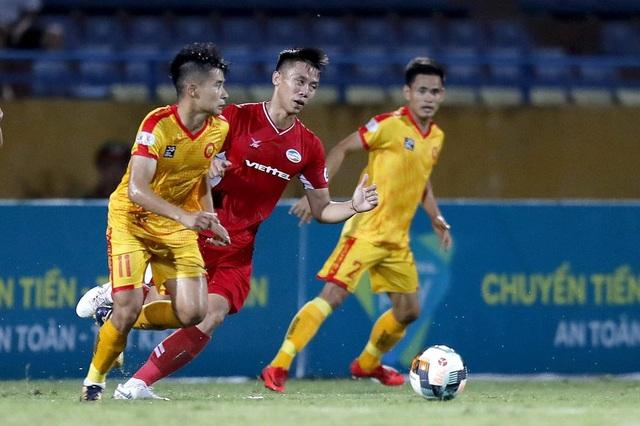 Phong độ trái ngược của Quế Ngọc Hải ở đội tuyển Việt Nam và V-League - 2