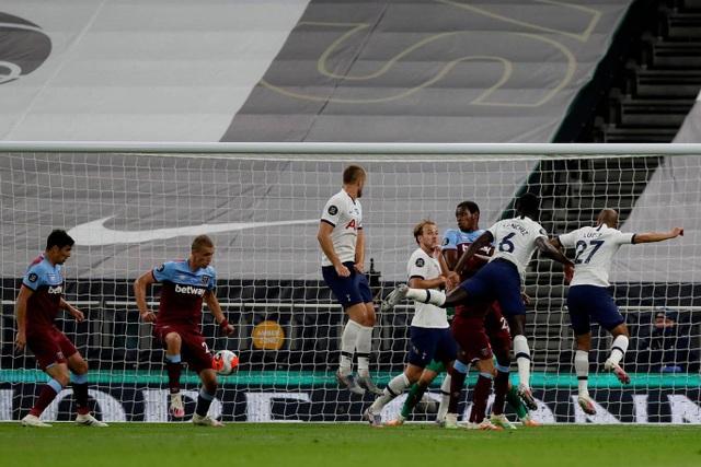 Nc247info tổng hợp: Tottenham áp sát Man Utd