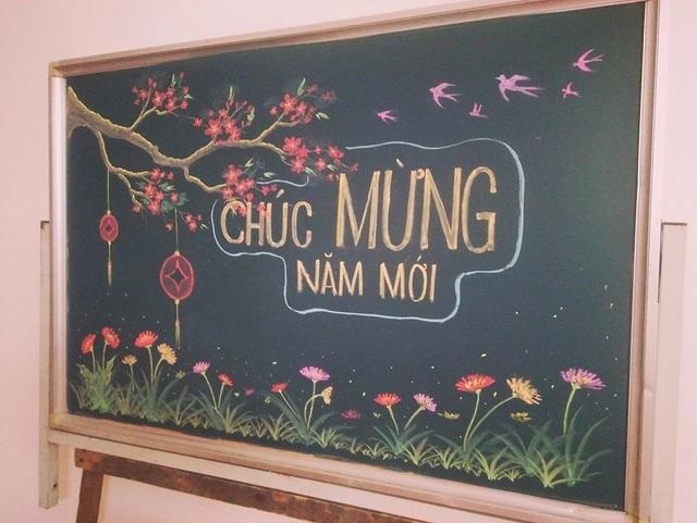 Thầy giáo vẽ hoa phượng lên bảng khiến người xem trầm trồ, ngưỡng mộ - 14
