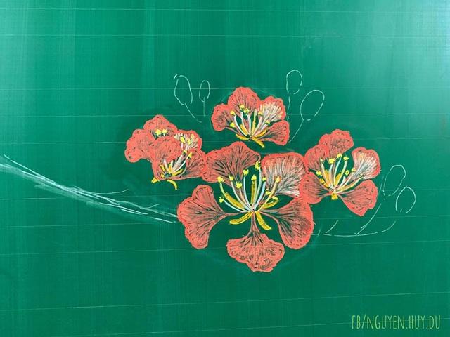 Thầy giáo vẽ hoa phượng lên bảng khiến người xem trầm trồ, ngưỡng mộ - 3