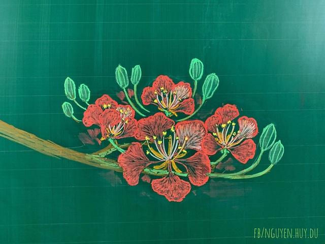 Thầy giáo vẽ hoa phượng lên bảng khiến người xem trầm trồ, ngưỡng mộ - 5