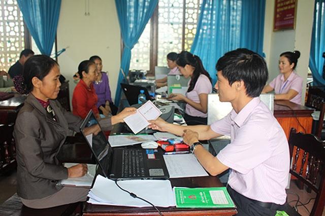 Quảng Bình: Trên 15.000 hộ nghèo được tiếp cận nguồn vốn chính sách - 1