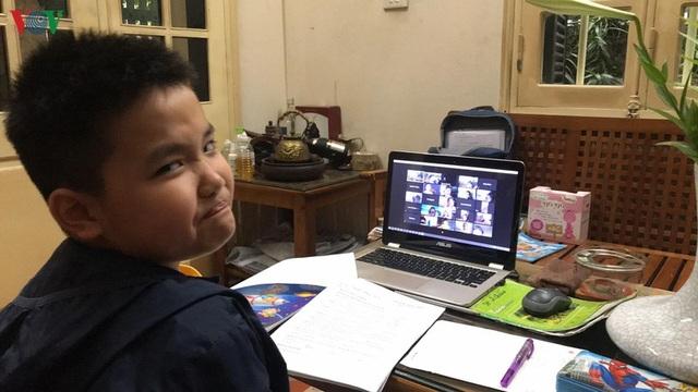 Ôn thi nước rút vào THCS: Khi bố mẹ không làm được Toán lớp 5 - 1