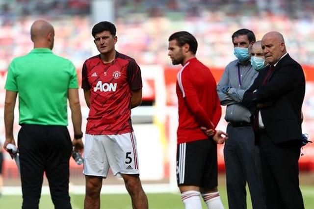 Man Utd 3-0 Sheffield United: Martial lập hat-trick - 13