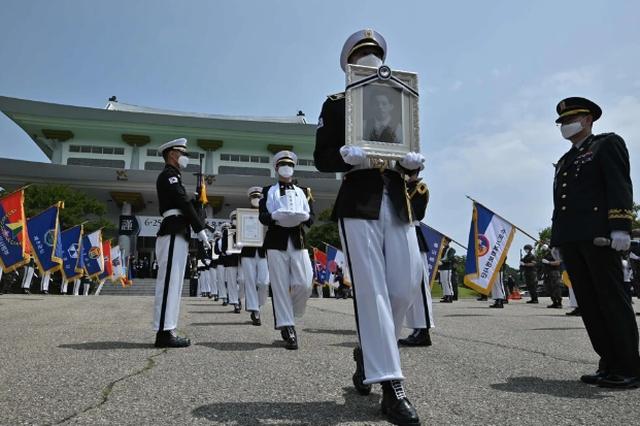70 năm sau chiến tranh: Bóng đen xung đột vẫn bủa vây Bán đảo Triều Tiên - 2